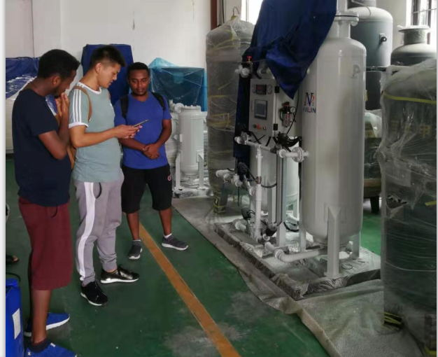Ethiopian customers come to our company to inspect the oxygen generator